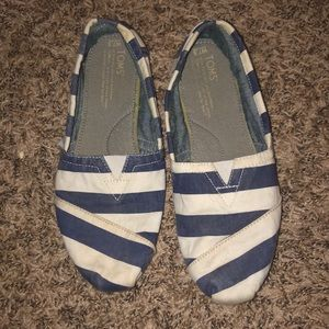 Blue and White Striped Toms